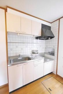 【キッチン】《2002年築木造》福岡県中間市土手ノ内1丁目一棟アパート