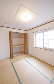 【和室】《2002年築木造》福岡県中間市土手ノ内1丁目一棟アパート