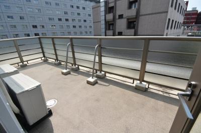 【バルコニー】赤坂100㎡超えの4LDK レジディア六本木檜町公園