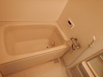 【浴室】ビアンカ岡本