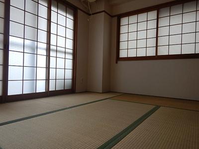 【和室】ビアンカ岡本