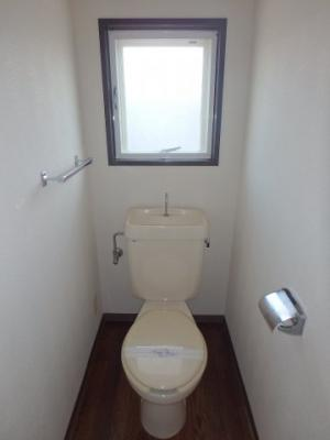 大島 ビバリーガーデン大島A 2DK トイレ
