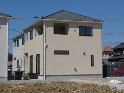 高浜市神明町第4新築分譲住宅全体写真です。2021年9月撮影
