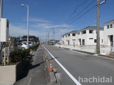 高浜市神明町第4新築分譲住宅1号棟~8号棟前面道路写真です。