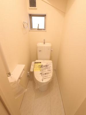 シンプルで使いやすいトイレです:建物完成しました♪♪毎週末オープンハウス開催♪吉川新築ナビで検索♪