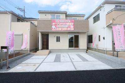外観です::建物完成しました♪♪毎週末オープンハウス開催♪吉川新築ナビで検索♪