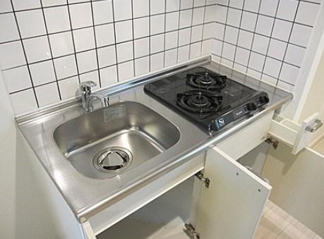 2口ガスシステムキッチン。