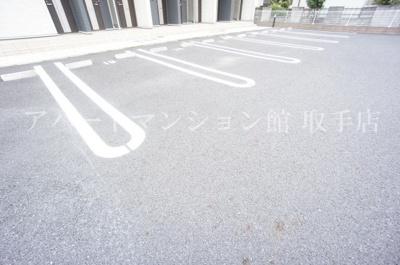 【駐車場】シャン・ド・フルールⅡ