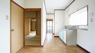 【居間・リビング】南台郡司住宅
