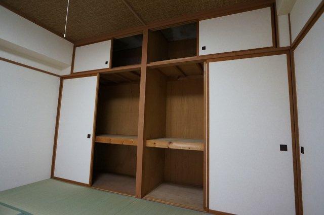 【収納】トーカングランドマンション第一万代ビューハイツ