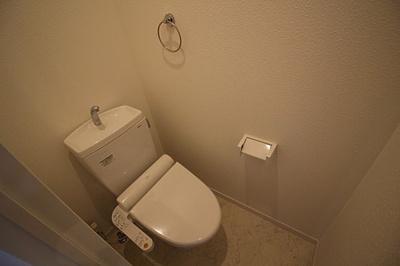 【トイレ】アクロス神戸灘アパートメント