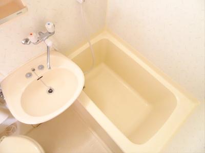 【浴室】CORNEL HOUSE