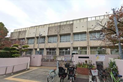(小学校)浜寺昭和小学校 徒歩7分(約560m)