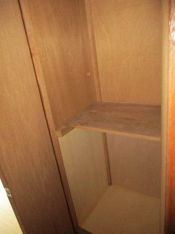 玄関脇にも収納があり便利です。」