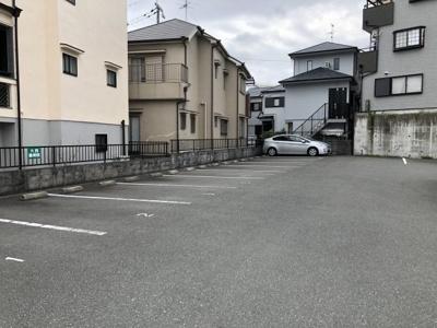 近隣に駐車場