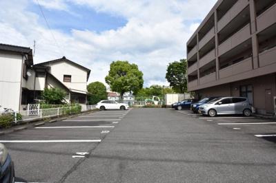 【駐車場】メゾンドプラムⅡ