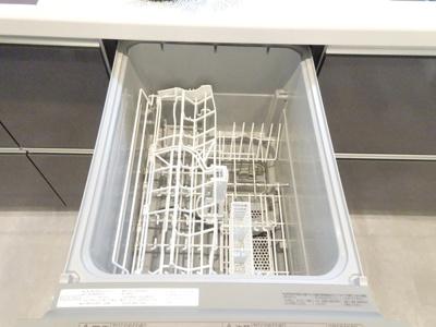 食器洗浄乾燥機がビルトインされています♪