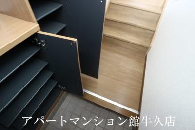 【玄関】フラール