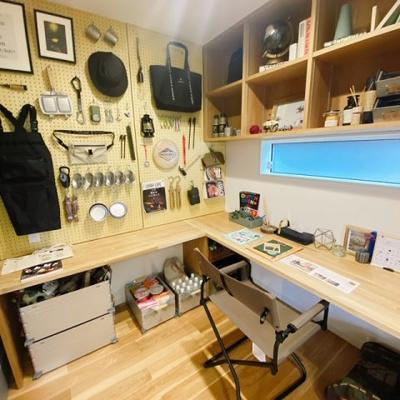 マルチルームにはカウンターデスクもあり、趣味で使ったり、お仕事で使えたりと活躍してくれるお部屋です♪