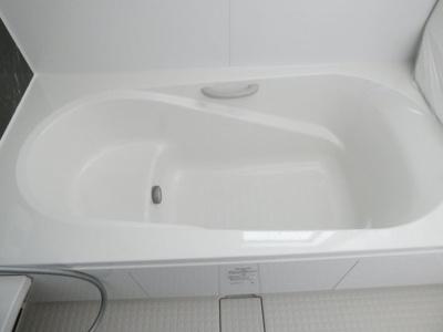 日々の疲れを癒す追い炊き機能付きお風呂付です