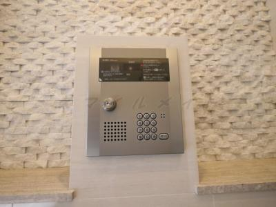 安心のセキュリティ・オートロック・防犯カメラも付いてます。