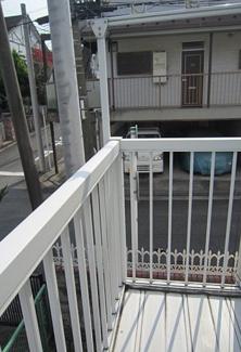 【バルコニー】《高稼働!》横浜市中区本牧満坂一棟アパート