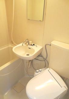 【トイレ】《高稼働!》横浜市中区本牧満坂一棟アパート