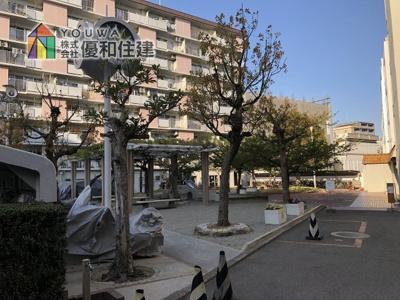 【中庭】明石ハウス2号棟