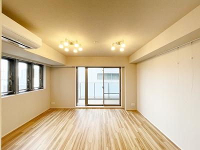 【居間・リビング】プレミストタワー大阪上本町