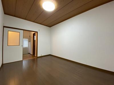 【洋室】富田丘テラスハウス