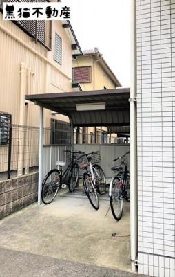 駐輪場②建物表側です
