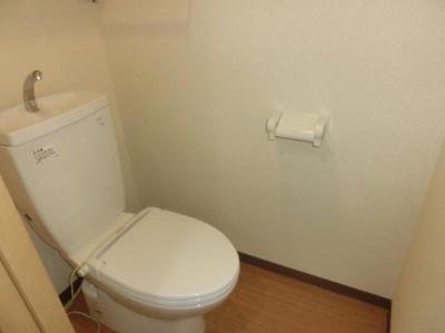 【トイレ】ルネスカトレアコート