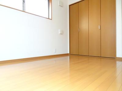 【寝室】グリーンハウス7