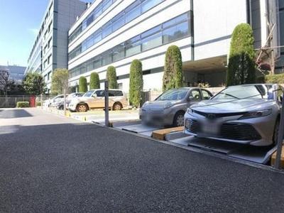 ヴェルビュ東陽町の駐車場です。