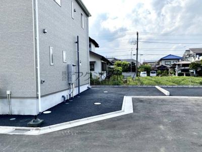 【前面道路含む現地写真】瑞穂町大字石畑・全11棟 新築一戸建 3号棟 ~駐車並列2台可~