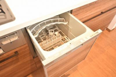 食器洗浄乾燥機も付いています!