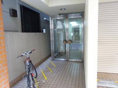 【エントランス】高橋マンション