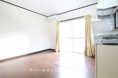 【居間・リビング】野瀬邸