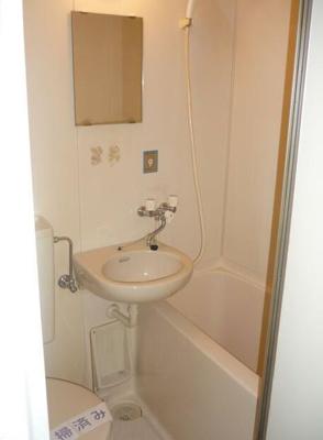 【浴室】アドバンス ドミトリー