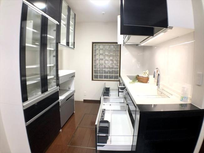 【キッチン】西区愛宕浜2丁目 中古マンション 弐番館 2SLDK