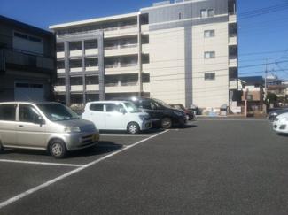 【駐車場】グリーンパーキング