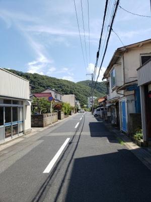 【前面道路含む現地写真】鳥取市青葉町2丁目土地