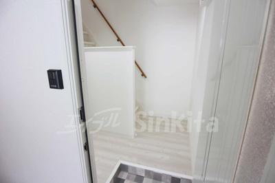【玄関】新高1-5-2テラスハウス