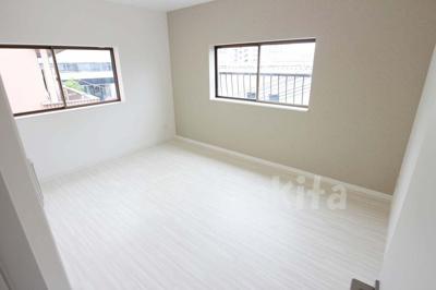 【洋室】新高1-5-2テラスハウス