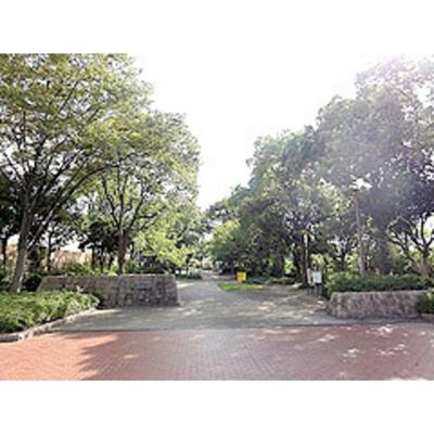 公園「緑橋緑地まで753m」