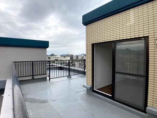 【バルコニー】西区下山門1丁目 中古マンションオール電化 3LDK 7階