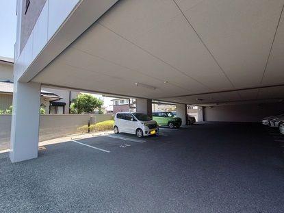 【駐車場】早良区飯倉3丁目 中古マンション3LDK 1階
