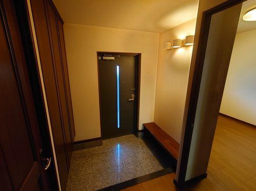 【玄関】早良区飯倉3丁目 中古マンション3LDK 1階