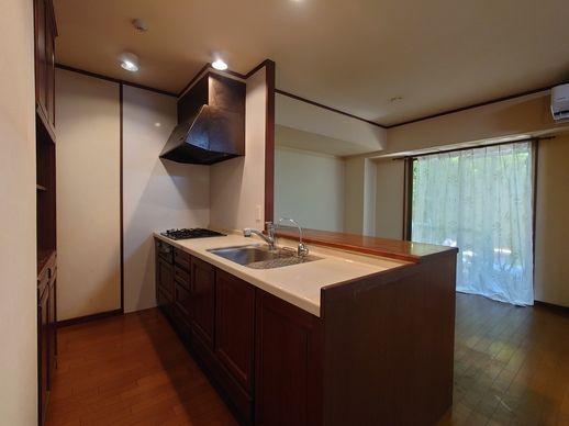 【キッチン】早良区飯倉3丁目 中古マンション3LDK 1階