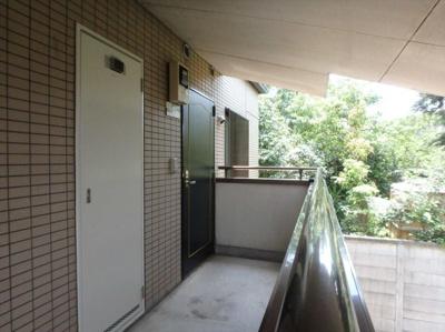 【玄関】レジデンス岸